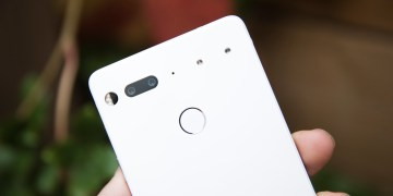 essential phone camera white - Essential Phone is the best deal in smartphones thanks to camera updates