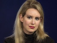 5b24240d2000004200b9486d - Elizabeth Holmes resigns as CEO of Theranos