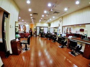 Well Running Ladies Salon for sale in Dubai