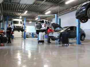 迪拜汽车出售的汽车车库