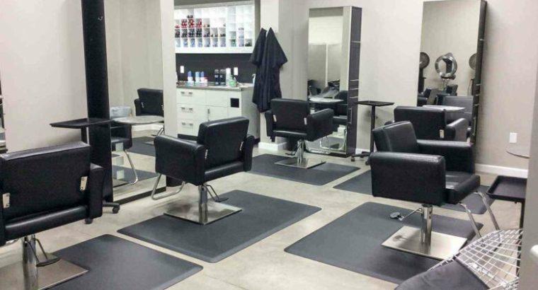 Big Ladies Salon in Perfect Location For sale in UAE