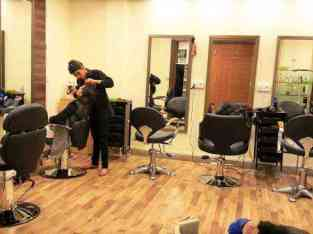 Low Price Business ladies salon for sale in Dubai