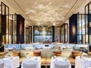 Готов ресторан во познат трговски центар за продажба во Дубаи