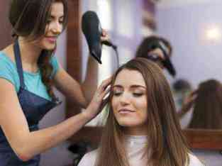 Running Ladies Salon in Business Bay in Dubai For sale