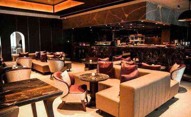 Fully Equipped Furnished Restaurant for Sale in UAE