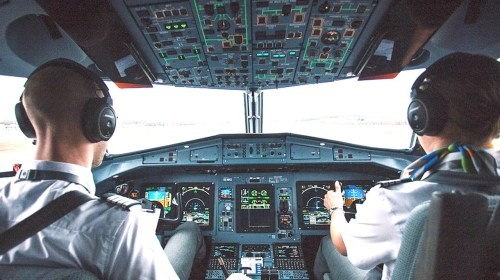 pilot training course business maantra