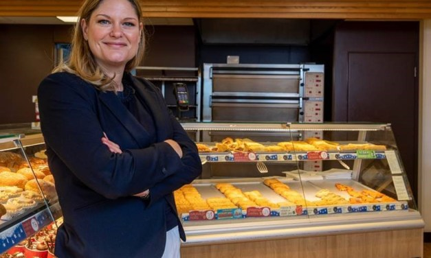 Family run bakery chain distributes food packages to customers with help from Lloyds Bank