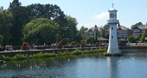 Roath Park Nominated in 'Fields In Trust' Competition to Find the UK's Best Park