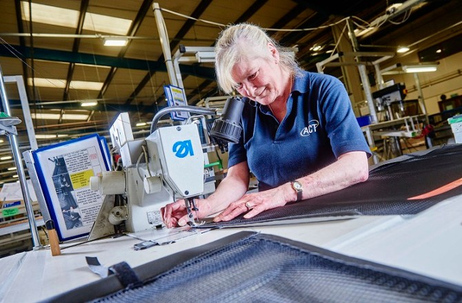Automotive Quality Award Ends Strong Year of Growth for Wrexham-based ACT