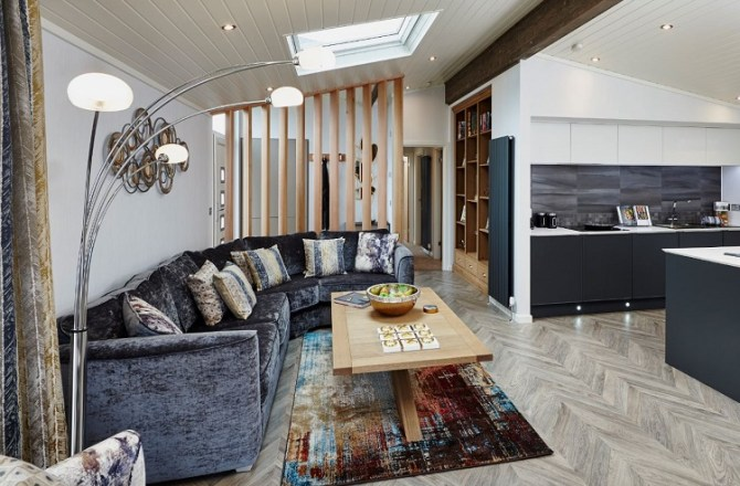 Luxury Holiday Home Company Unveils New Super Lodges at Five-Star Park