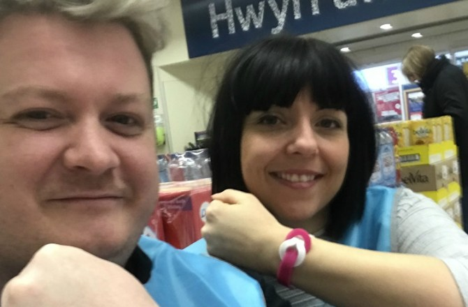 Merthyr's Cancer Research Store Raises Most Amount of Money Nationally