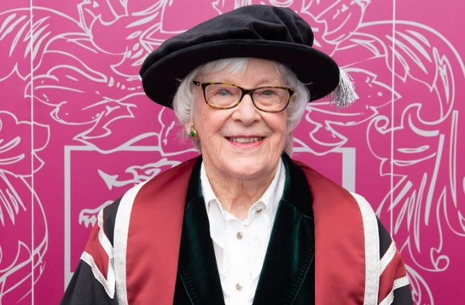 Swansea University Presents Honorary Degree to Welsh Actress Gwenyth Petty
