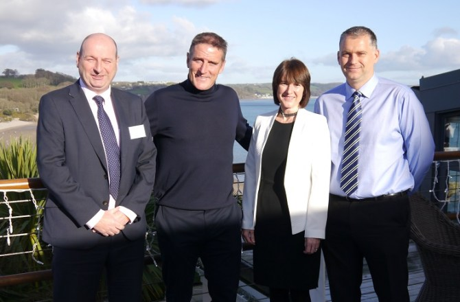 Pembrokeshire Welcomed Renowned 'Birdman' Iolo Williams as Business Guest Speaker