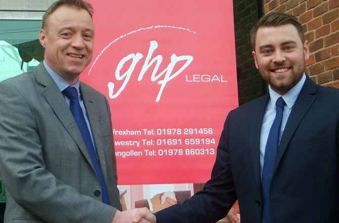 Llangollen Linguist Offered Trainee Solicitor Contract by Leading Law Firm