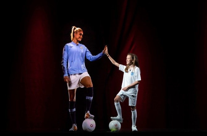 Vodafone Makes UK's First Holographic Call Using 5G