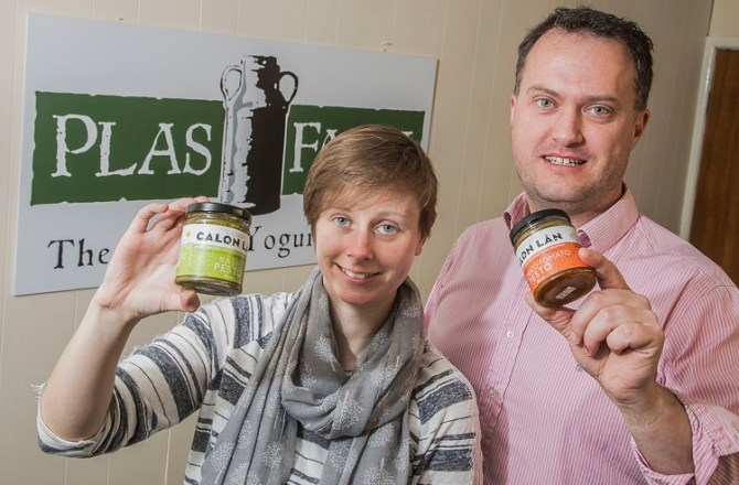 Food Firms Come Together to Create Wales' First Pesto Sauces for Home Cooks