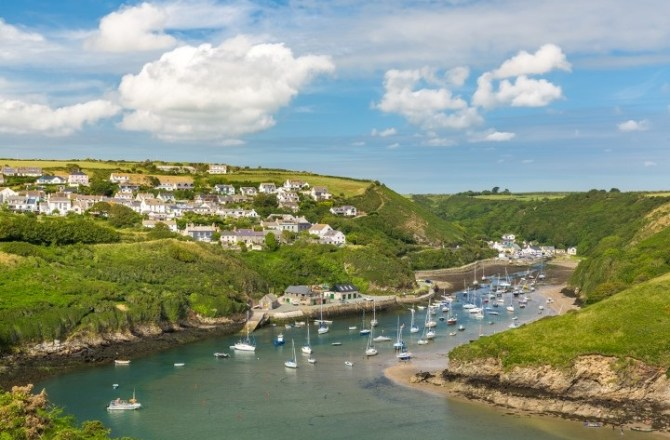 Pembrokeshire Communities Urged to Take Up National Park Car Park Offer