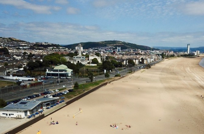 Swansea FC Star's Seafront Venue Gets the Go-Ahead