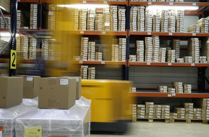 UK Logistics & Industrial Take-up Hits Ten-Year High