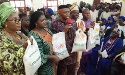 Mimiko Feeds 70,000 Women In Ondo