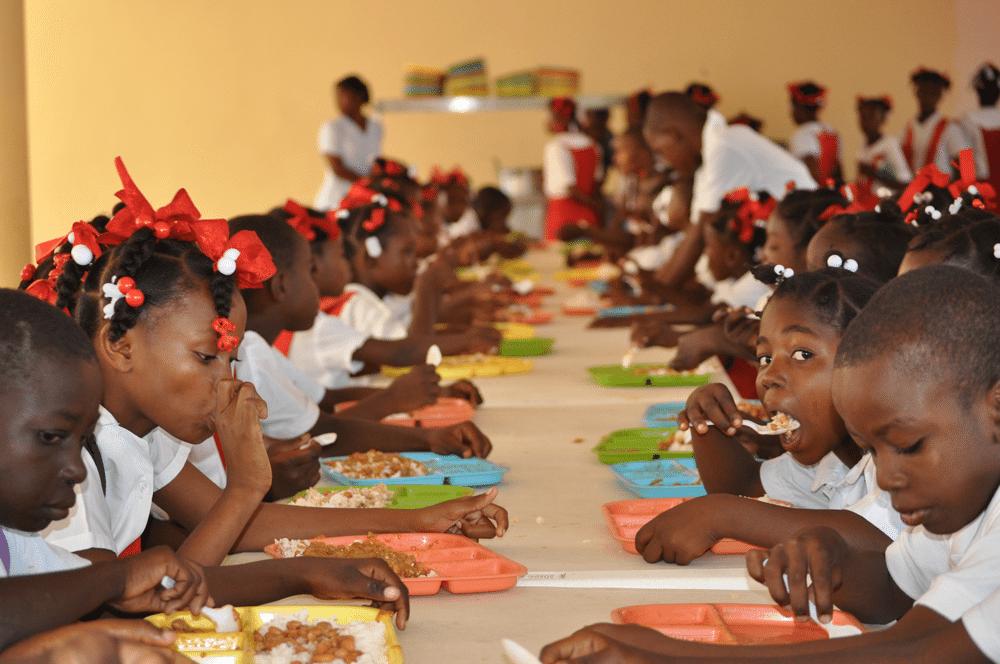 Lagos to Domesticate School Feeding Programme | Business Post Nigeria