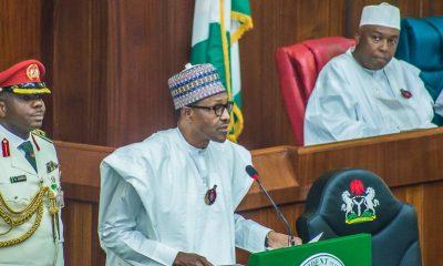 buhari presents 2019 budget