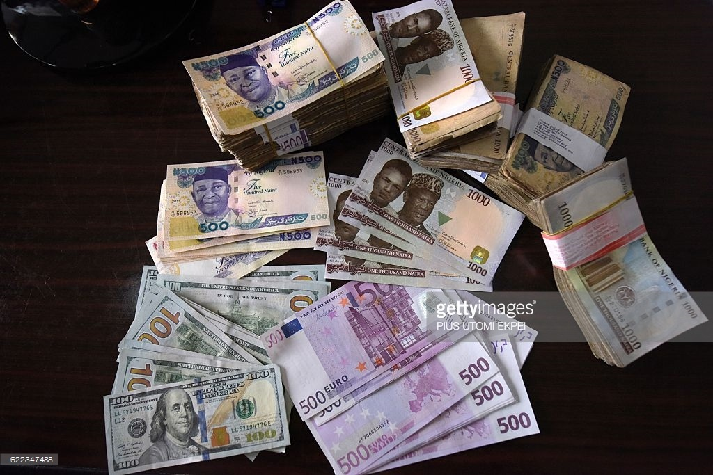 The Naira on Friday weakened marginally against the dollar at both the parallel market in Lagos and the investor's window. The Nigerian currency traded at N472.5 to the dollar at the parallel market, down by 0.5 points from N472 exchanged on Thursday. The Pound Sterling and the Euro closed at N582 and N530, respectively. The […]