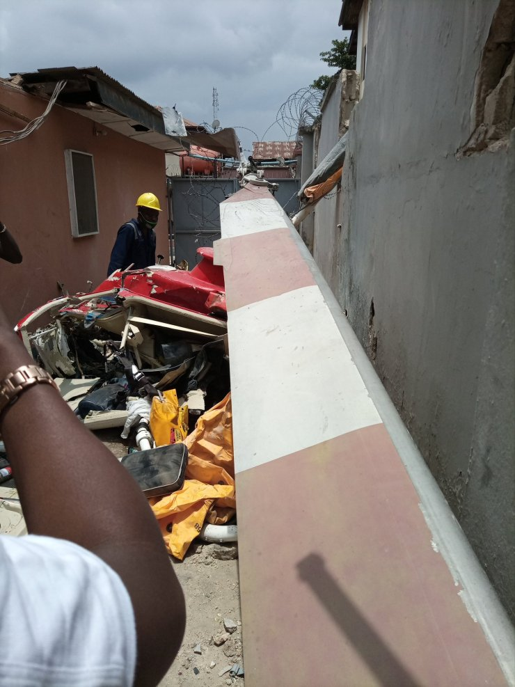 BREAKING: Two Die as Helicopter Crashes into Lagos Building (PHOTOS)