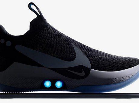 """f1ee8dc4b38 Nike: Τα πρώτα """"έξυπνα"""" αθλητικά παπούτσια που δένονται μόνα τους"""