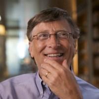 Билл Гейтс о деньгах: «На что все это потратить? Сколько гамбургеров ты можешь съесть?»