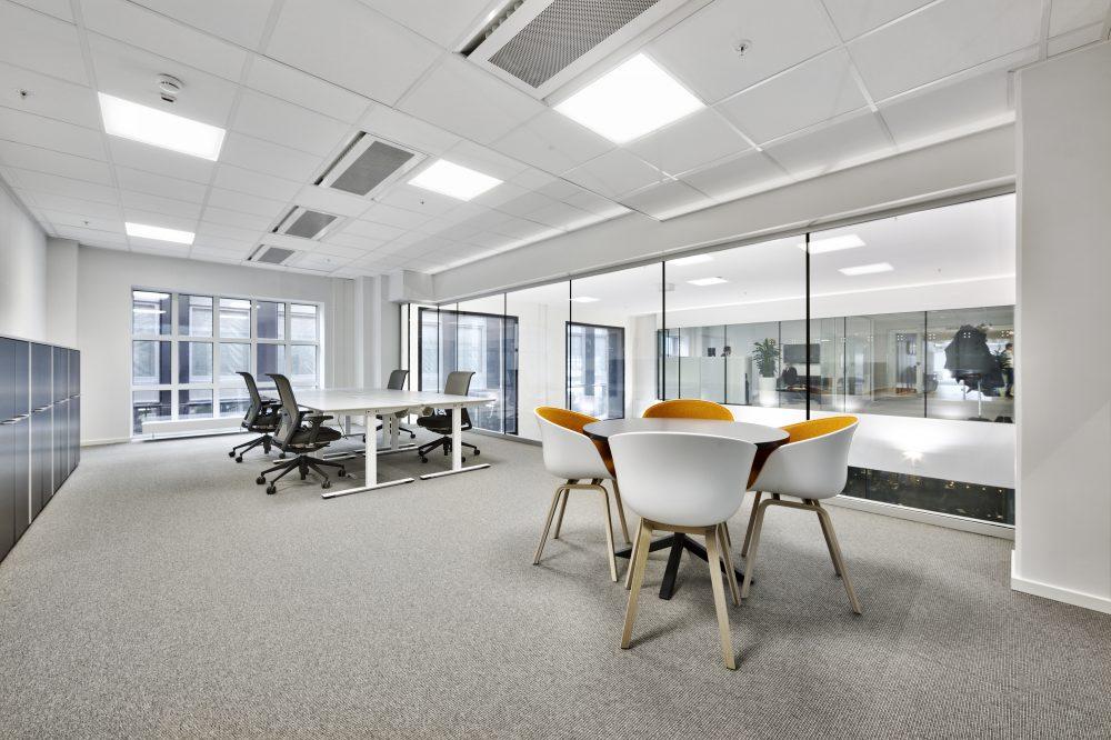 Ferdig møblerte, moderne kontorer