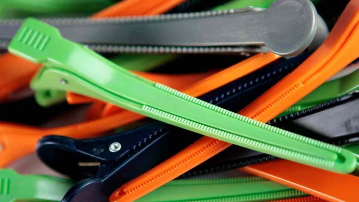 sectioning-clip-hair-salon-business-checklist