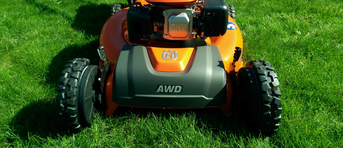 Husqvarna HU675AWD - Lawnmower Review | Busted Wallet