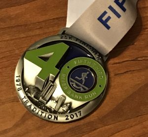 MizunoWaveSky_medal