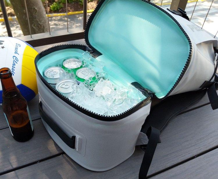 Pelican-Dayventure-Backpack-Cooler-open-ice