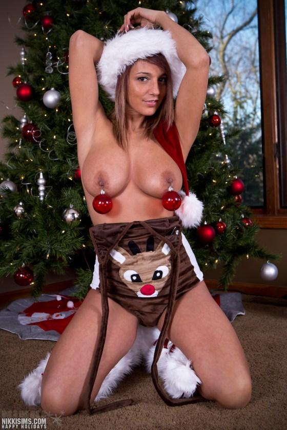 nikki sims christmas busty topless big tits nipples xmas