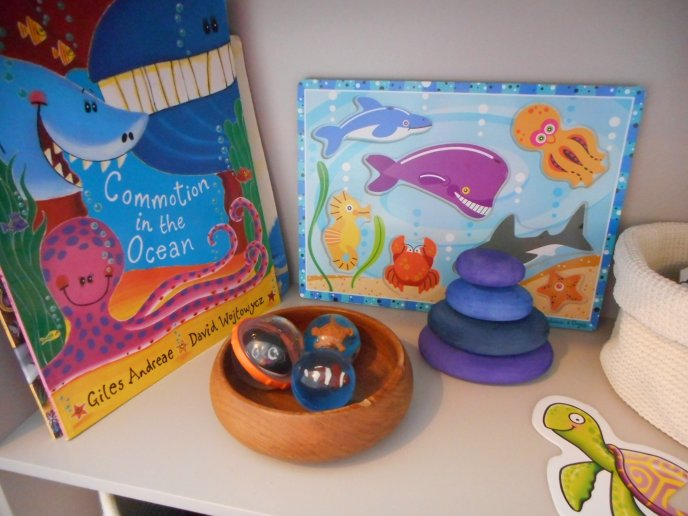 Shelfie - Theme - Sealife - Ocean - Seas - Animals - Turtles - Whales - Sharks - Fish - Matching - Communication and Language - Fine Motor Skills - Puzzles - Games - Toddler ideas - Preschooler - Books - Small World