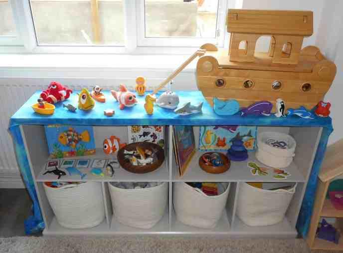 Shelfie - Theme - Sealife - Ocean - Seas - Animals - Turtles - Whales - Sharks - Fish - Matching - Communication and Language - Fine Motor Skills - Puzzles - Games - Toddler ideas - Preschooler - Books - Small World