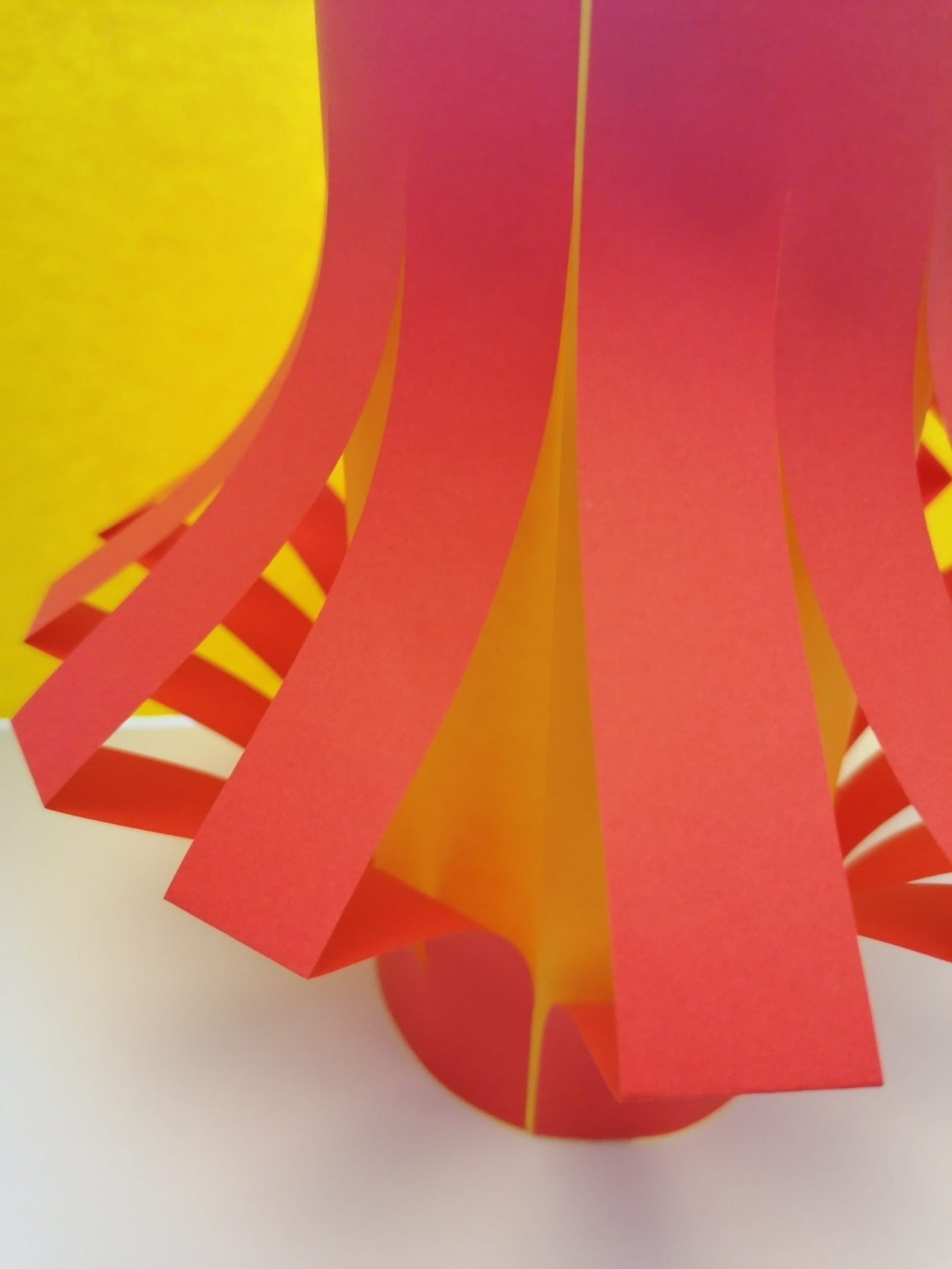 Chinese Lantern - Chinese New Year - Crafts for kids - papercraft
