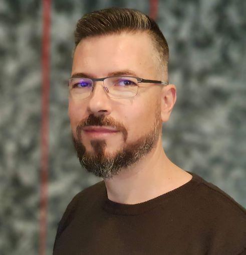 Barry Kukkuk is the CTO at NETSTOCK