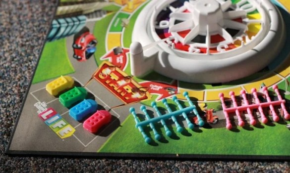 The NEW Game of Life by Hasbro With Instructions The NEW Game of Life by Hasbro  Enjoy a fresh look to the Family Game