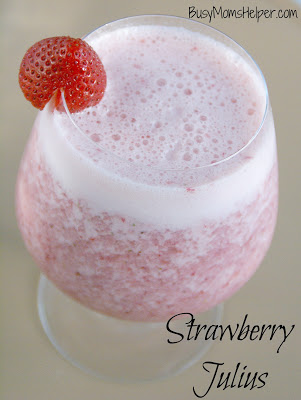 Strawberry Julius / recipe by BusyMomsHelper.com / delicious and creamy summer drink