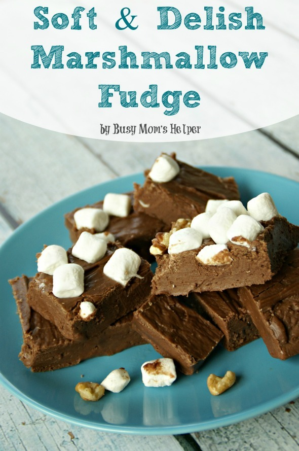 Simple & Delish Marshmallow Fudge / by Busy Mom's Helper #fudge #chocolate #dessert
