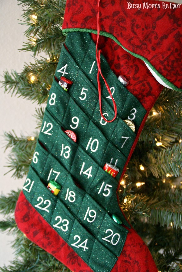 Make Your Own Stocking Advent Calendar / by Busy Mom's Helper #Christmas #Countdown #AdventCalendar