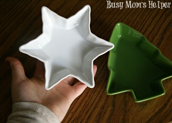 Simple Neighbor Gifts from Clearance Sales / by Busy Mom's Helper