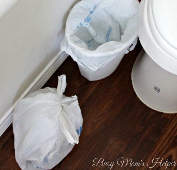 Get Your Bathroom Guest Ready in 15 Minutes or Less / by Busy Mom's Helper #TweetFromTheSeat #IC #ad