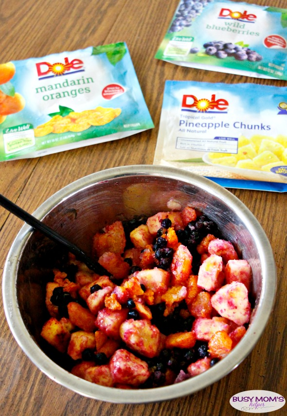 Sweet Lime Fruit Salad in a Hurry / the perfect easy fruit salad for a picnic or party side dish! #DisasterAverted #DoleFrozenFruit #ad