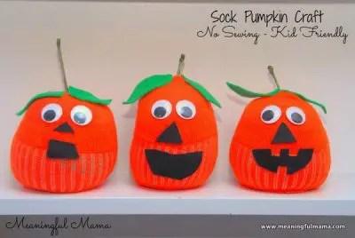 1-pumpkin-sock-craft-halloween-jack-o-lantern-craft-039