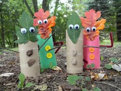 leaf-people-finger-puppets-2