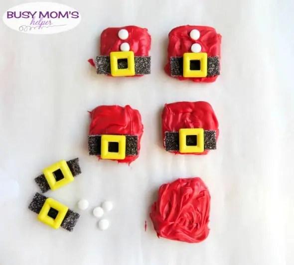 Santa Snacks / a fun Santa Coat Treat that's easy to make for the holidays